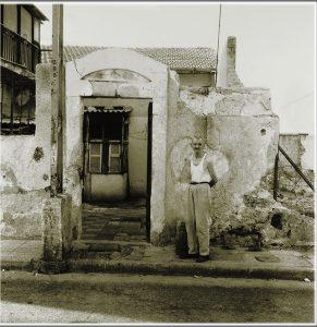 אשר גיבל, בית חרב ואיש עם הכנפיים בדרך ךיפו, 1978