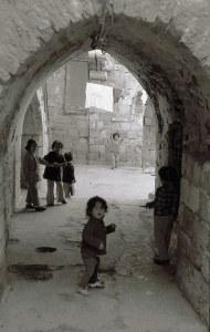 אשר גיבל, עיר עתיקה, שנות ה-70