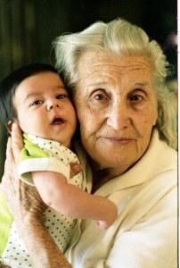 אשר גיבל, סבתי ובתי לפני 34 שנים