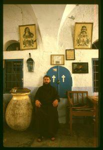 אשר גיבל, נזיר בכנסיית סנט ג'ורג' שנות ה80