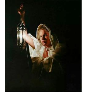 Yola Arab מתוך האוספים של , Ernest Vincent Woodפנס מאלה ואולי קצת ממני
